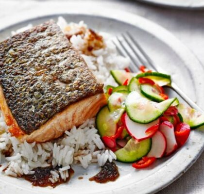 Crispy soy salmon with quick pickles