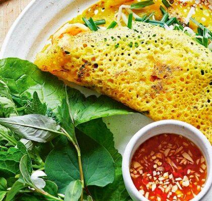 Bánh xèo tôm Vietnamese pancakes