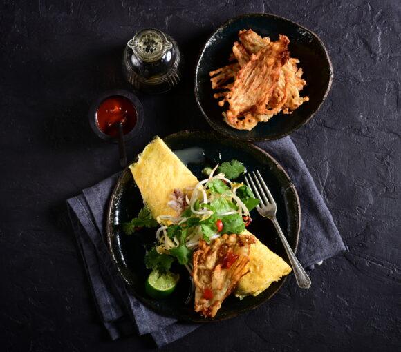 enoki mushrooms with thai omlette