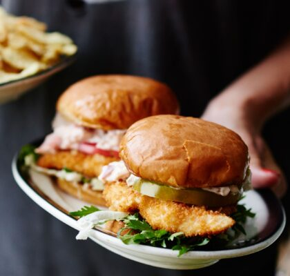 fried-fish-burgers-with-mayo